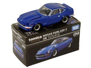 tomica-premium-09-nissan-fairlady-z-blue-0